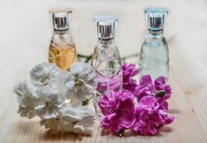 scent,smell,odor,stink の違い「匂い」「香り」の英単語